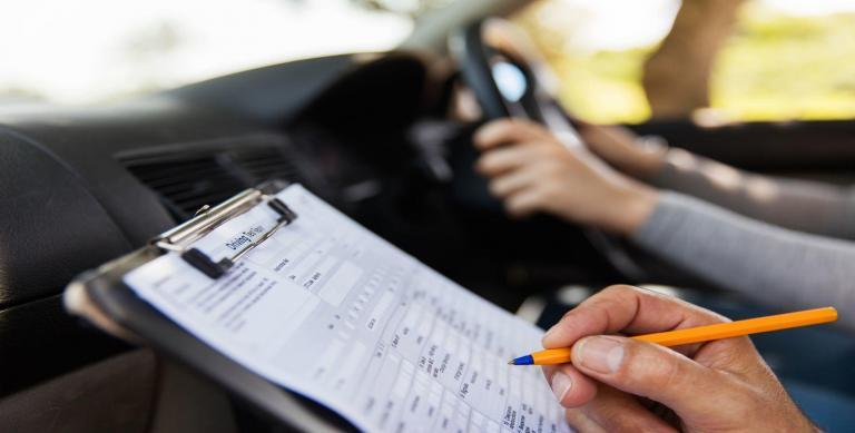 filling driving test form