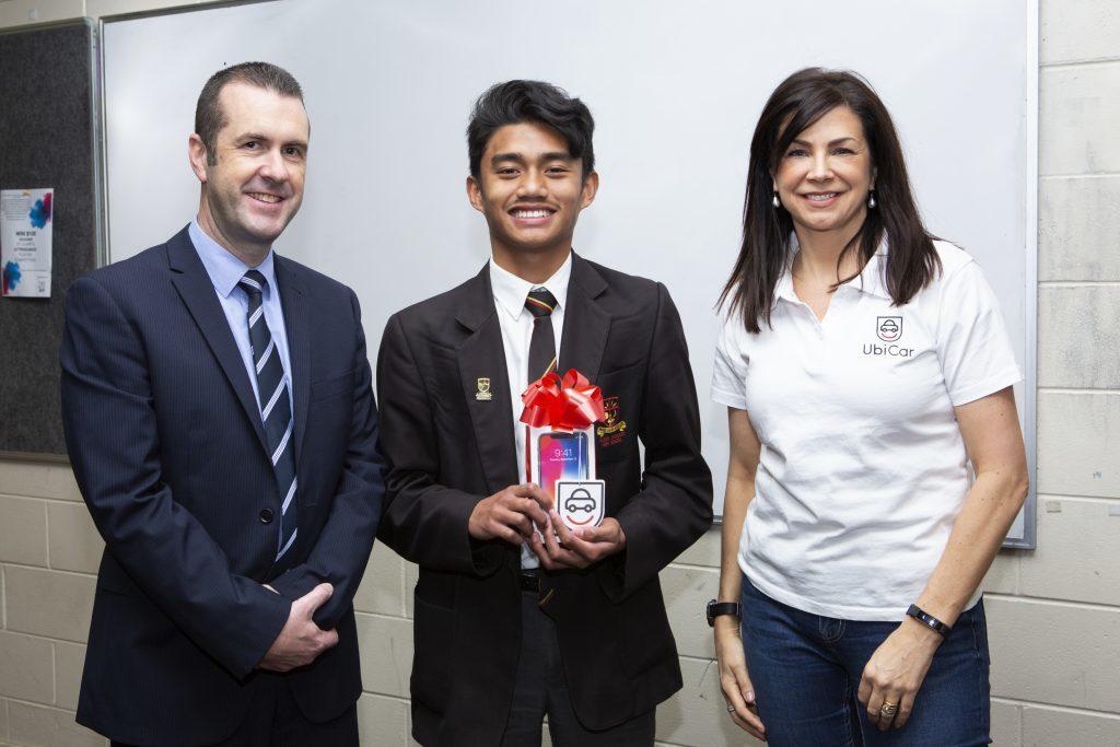 Carolyn receiving award
